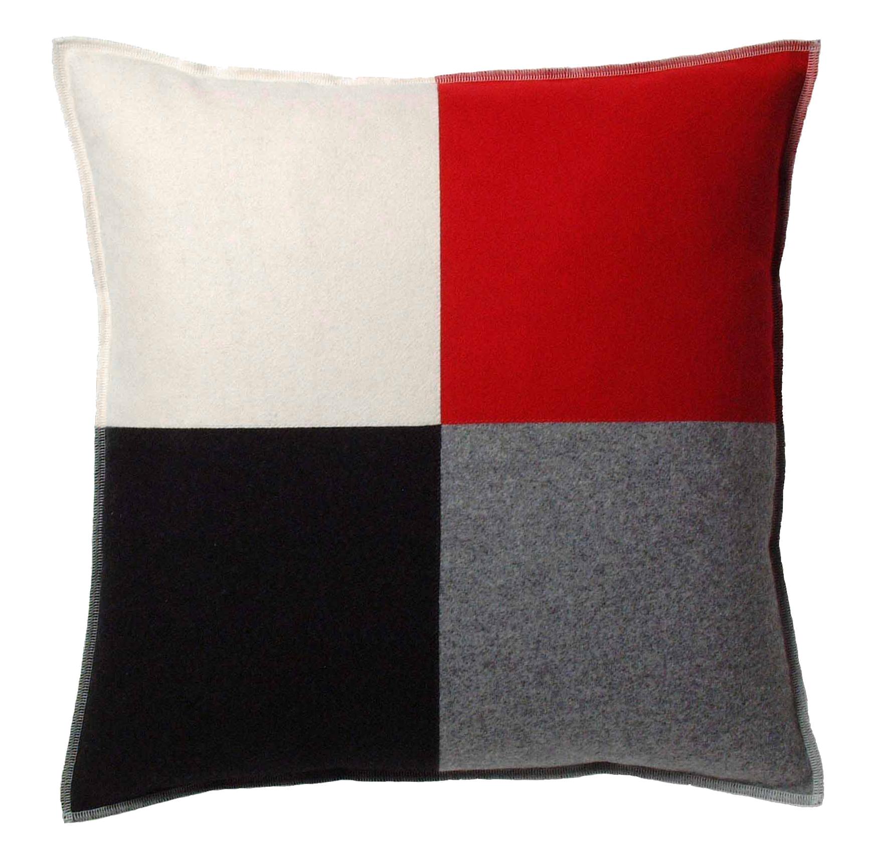 Schack kvadratiskt kuddfodral Antracit Silvergrå Vintervit Röd 339 kr Trendrum se